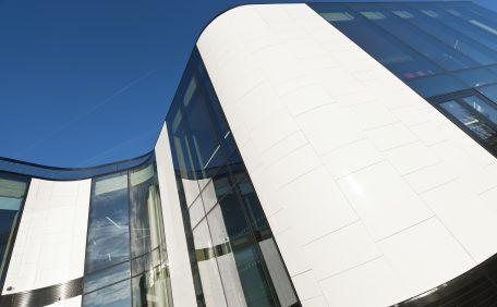 Hertfordshire University Law & Court building rainscreen cladding